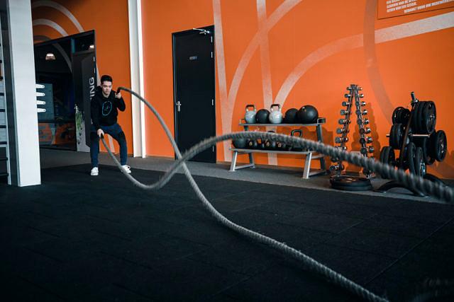 Battle rope waves