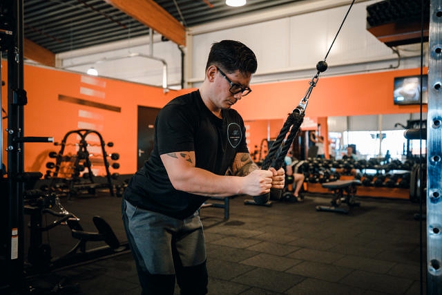 Tricep rope extension