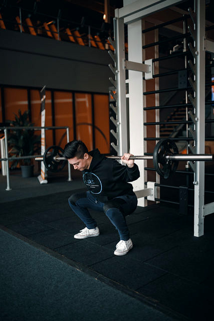 Tempo squat