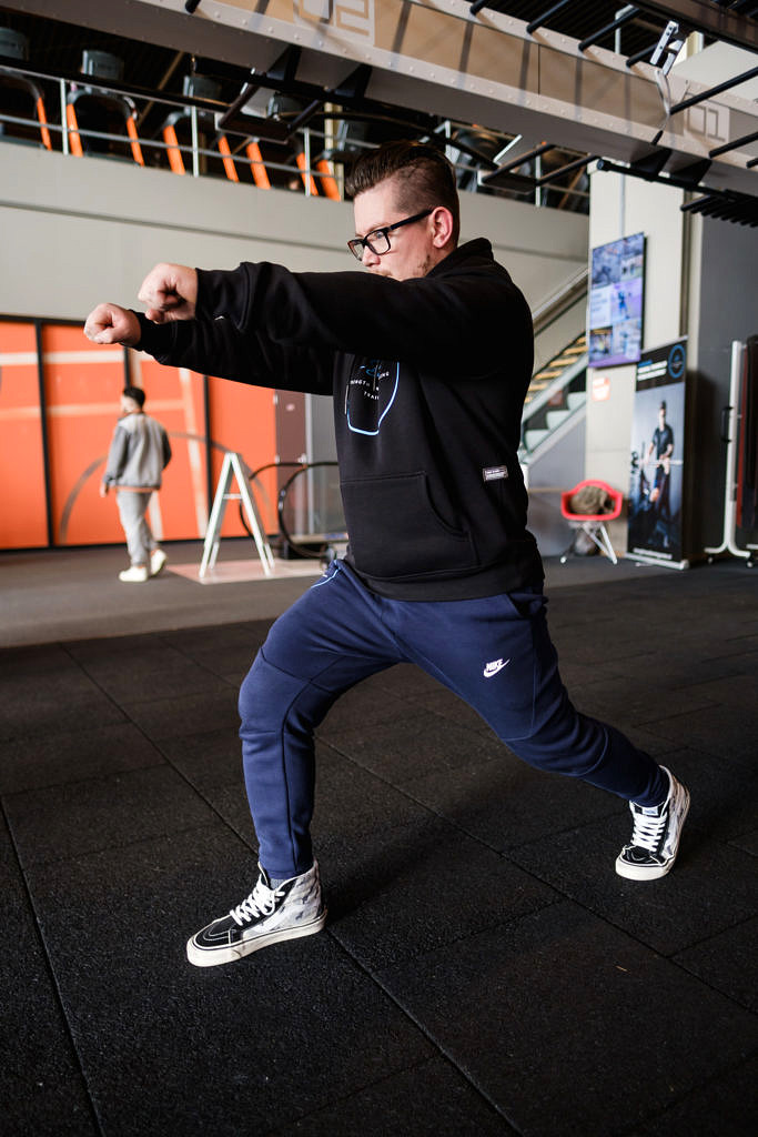 split stance 2